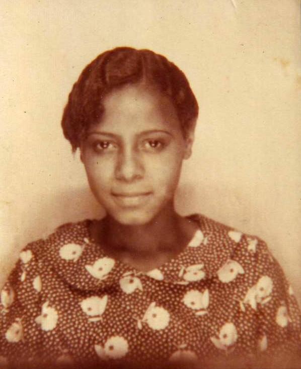 Bessie Henderson schoolgirl